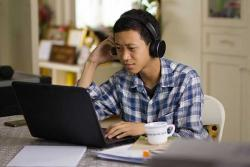 College student distance learning